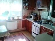Продам квартиру в центре с автономный отоплением. Васильков.